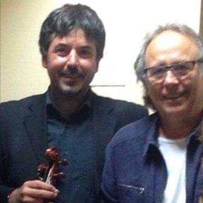 Con el músico Joan Manuel Serrat.